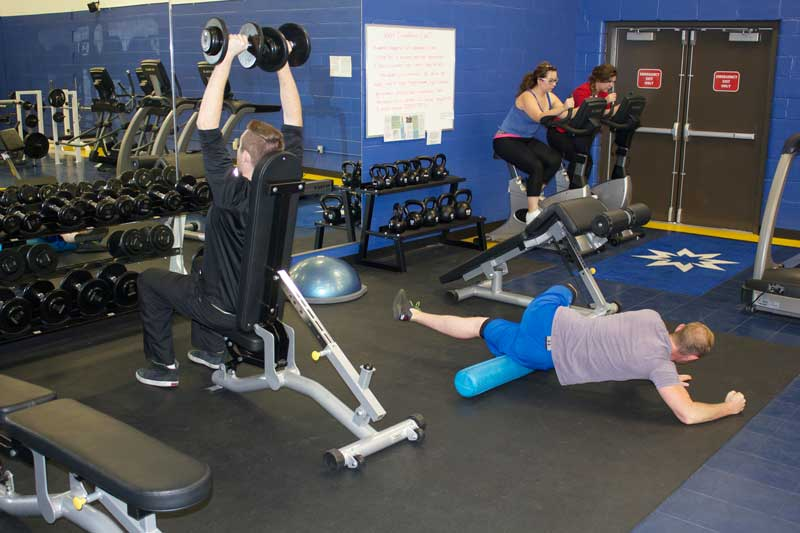 Students in the Fitness Centre